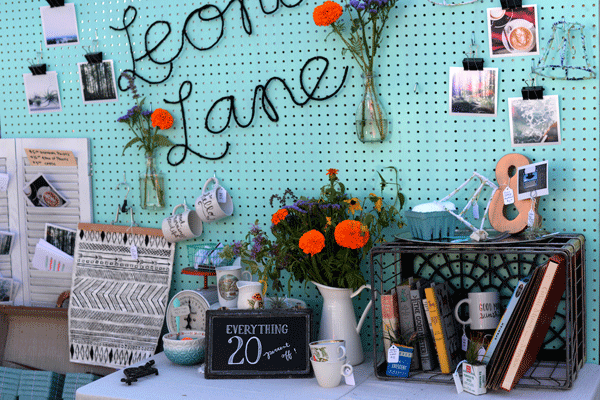 Leona-Lane-Pop-Up-Booth