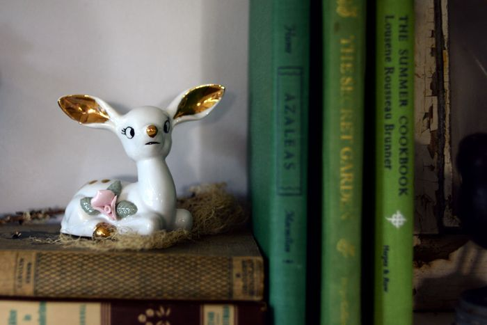 Porcelain-Deer